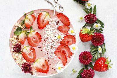 Grießbrei mit Früchten