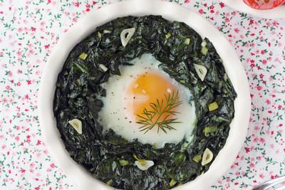 Ei-Nest mit Blumenkohl