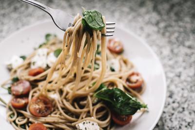 Spaghetti mit Grünkohl-Pesto (vgn)